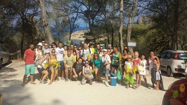 All ready to pick the litter around San Antonio Ibiza