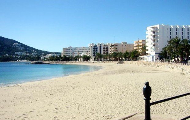 Santa Eulàlia beach loved by families and those looking for a quieter holiday in Ibiza