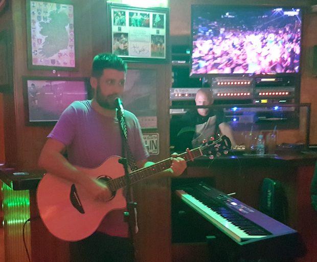 Paddy Slater singing live at Shenanigans Ibiza opening