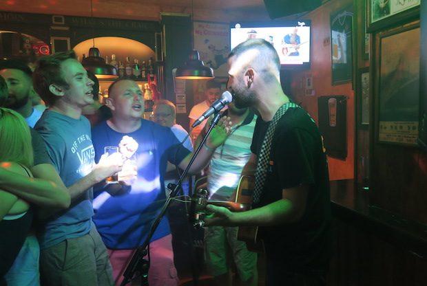 Paddy Slater entertaining the punters in Shenanigans Ibiza