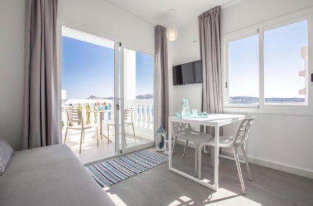 Beach Star Ibiza - Apartments and Studios